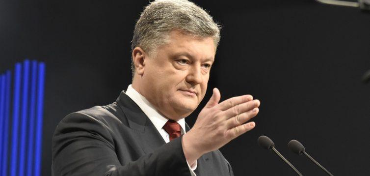 Порошенко пообіцяв не пустити російських спостерігачів на вибори президента