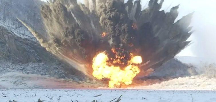 На Донбасі військові знищили бронемашину бойовиків